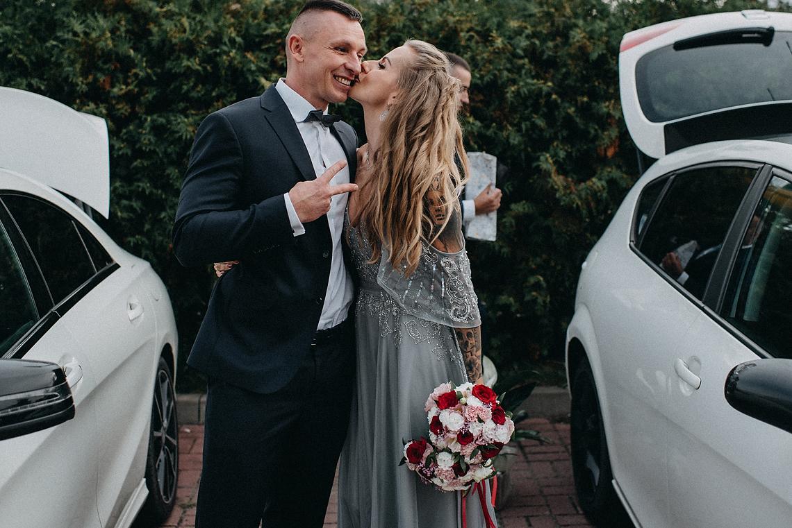 Niepozowane zdjęcia ślubne Pruszków