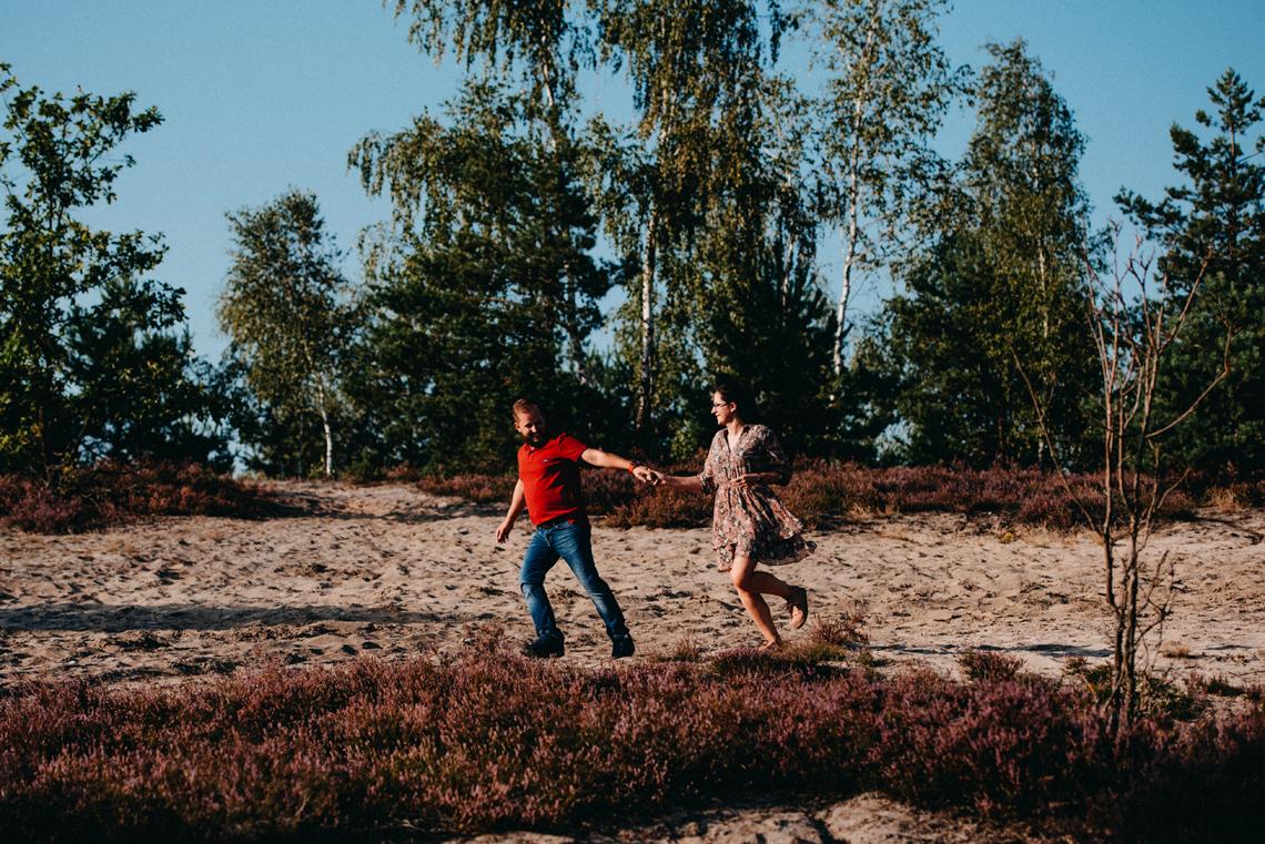 fotograf sesja narzeczeńska Wrzosy
