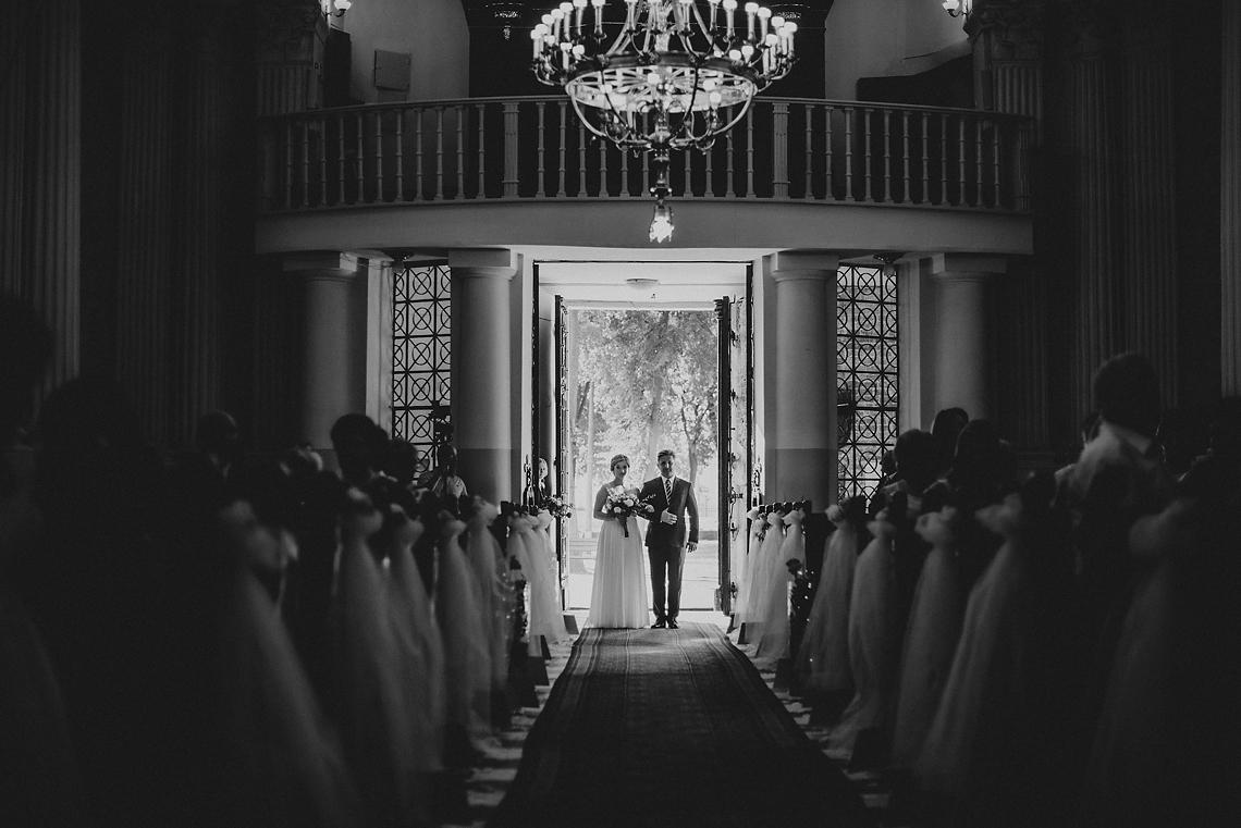 kto prowadzi do ślubu